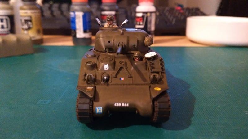"La 2ème DB ""Jeep - GMC CCKW353 - Sherman M4a2""  [Heller 1/72] - Page 3 Img_2358"