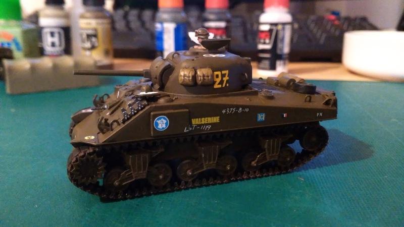 "La 2ème DB ""Jeep - GMC CCKW353 - Sherman M4a2""  [Heller 1/72] - Page 3 Img_2359"