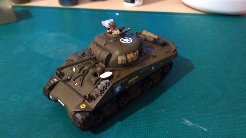 "La 2ème DB ""Jeep - GMC CCKW353 - Sherman M4a2""  [Heller 1/72] - Page 3 Img_2361"