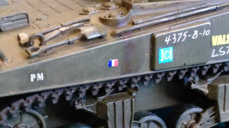 "La 2ème DB ""Jeep - GMC CCKW353 - Sherman M4a2""  [Heller 1/72] - Page 3 Img_2367"