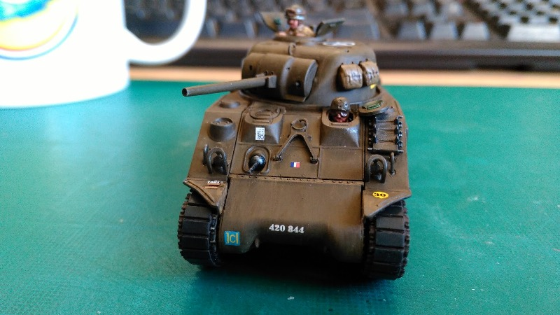 "La 2ème DB ""Jeep - GMC CCKW353 - Sherman M4a2""  [Heller 1/72] - Page 3 Img_2369"