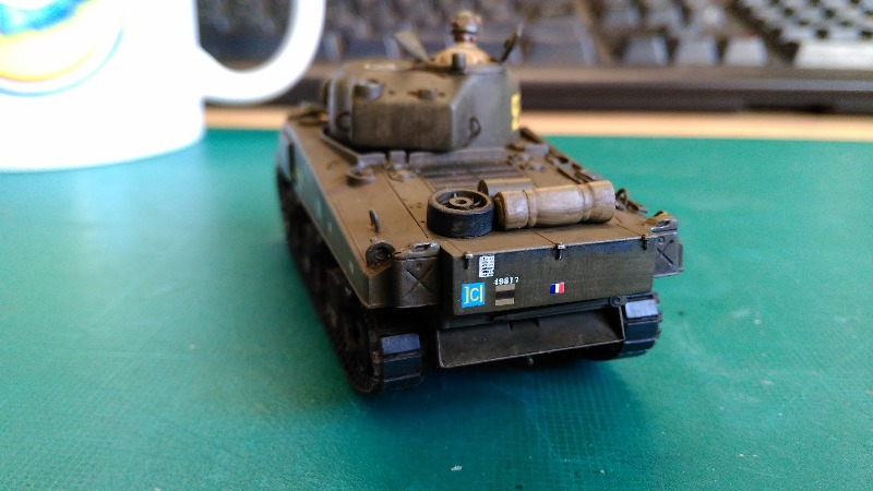 "La 2ème DB ""Jeep - GMC CCKW353 - Sherman M4a2""  [Heller 1/72] - Page 3 Img_2371"