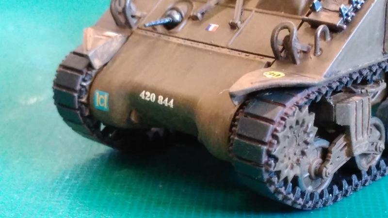 "La 2ème DB ""Jeep - GMC CCKW353 - Sherman M4a2""  [Heller 1/72] - Page 3 Img_2372"
