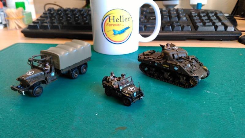 "La 2ème DB ""Jeep - GMC CCKW353 - Sherman M4a2""  [Heller 1/72] - Page 3 Img_2373"