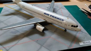 Réalisation de la maquette 1/144 d' un aéroport international (scratch) - Page 17 Img_2662