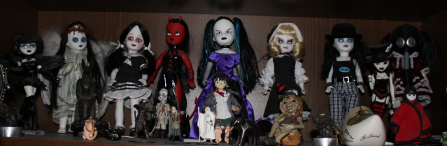 Living Dead Dolls - Page 2 Ldd10