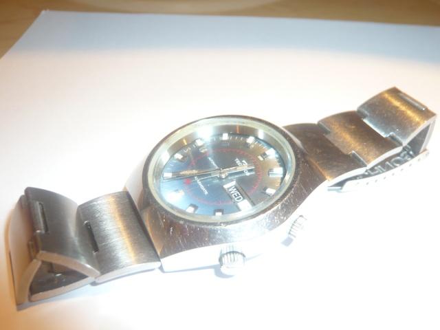 """Montres réveils """"Bracelets"""" liste non exhaustive P1060111"""