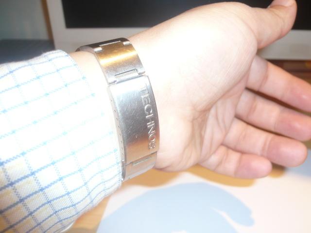 """Montres réveils """"Bracelets"""" liste non exhaustive P1060112"""