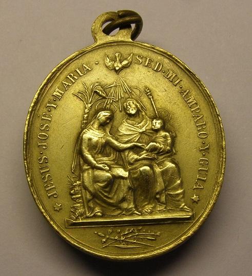 Medalla de la Sagrada Familia y el Sagrado Corazón de Jesús. Siglo XIX. Med12_10