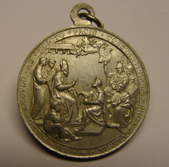 Bonita medalla del Papa Pio X, XVI siglos del Edicto de Milán, principios siglo XX. Med25_14