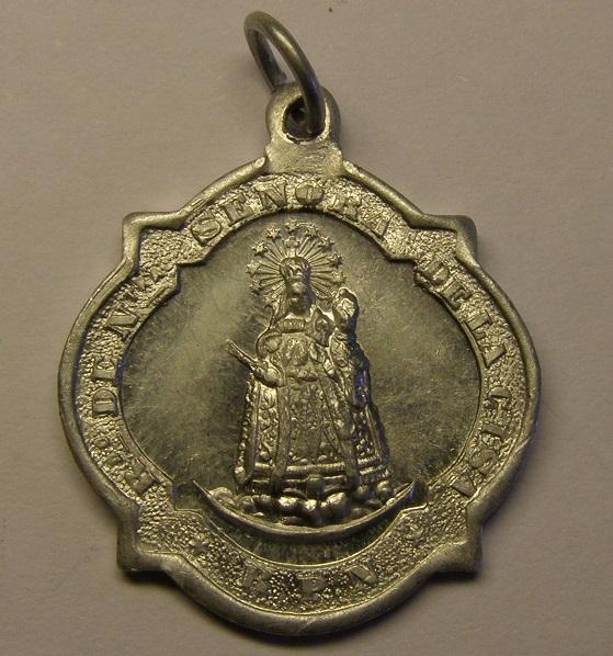 Medalla de Nª Sª de la Cisa, Premià de Dalt. Finales s. XIX o ppios  s. XX (MAM) Med_1820