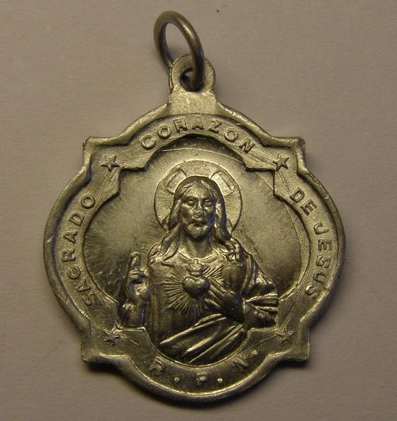 Medalla de Nª Sª de la Cisa, Premià de Dalt. Finales s. XIX o ppios  s. XX (MAM) Med_1821