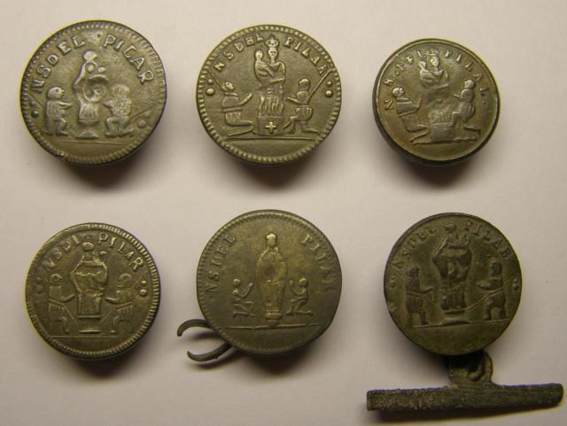 Medalla Virgen del Pilar y San Iago. Siglo XIX. P3240110