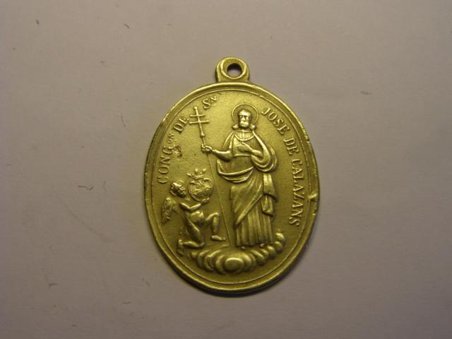 Medalla de Nª Sª de las Escuelas Pias y S. José de Calasanz, finales siglo XIX. Tc_12_37