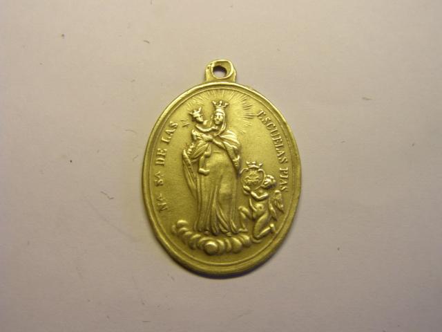 Medalla de Nª Sª de las Escuelas Pias y S. José de Calasanz, finales siglo XIX. Tc_12_38