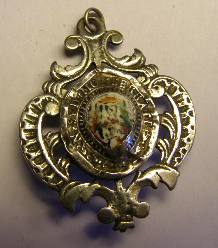 Curiosa medalla de Montserrat - MONTSERRATE. Siglo XVIII Tc_14_18
