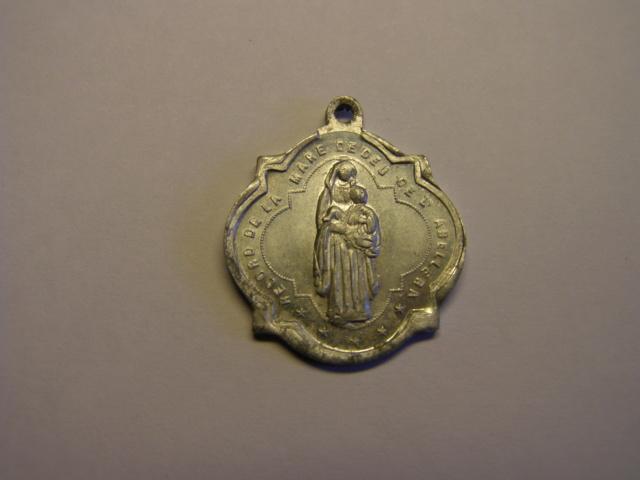 Medalla Nª Sª de la Abellera, Prades, Tarragona, principio siglo XX. Tc_15_12
