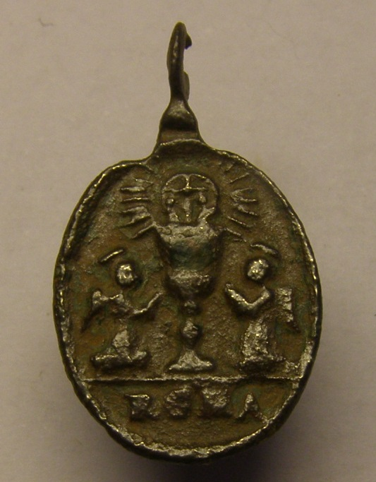 Medalla Virgen de Montserrat, siglo XVII. Tc_21_19