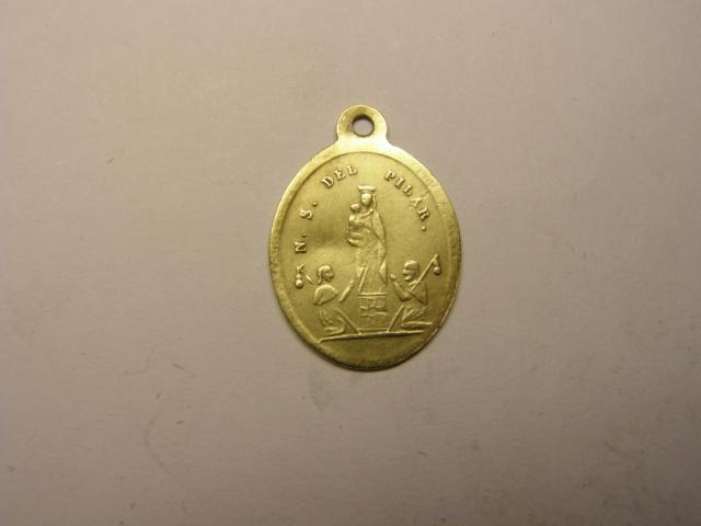 Medalla Virgen del Pilar y San Iago. Siglo XIX. Tc_24_12
