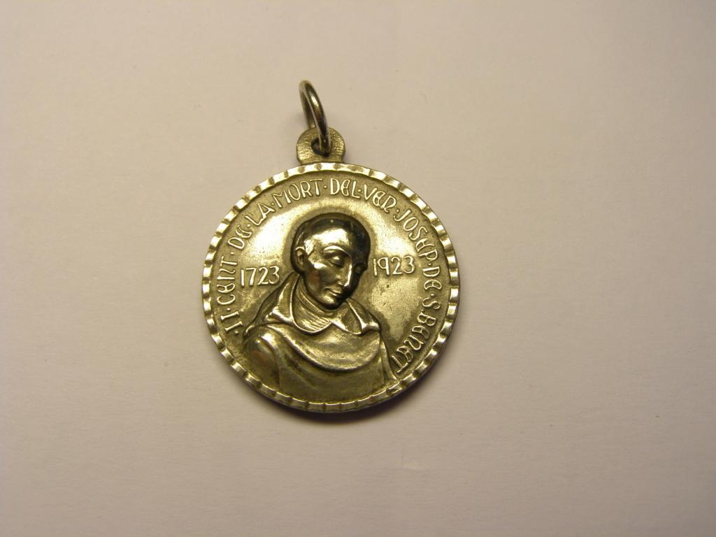 Medalla de la Virgen de Montserrat y del venerable Josep de Sant Benet. Tc_24_15
