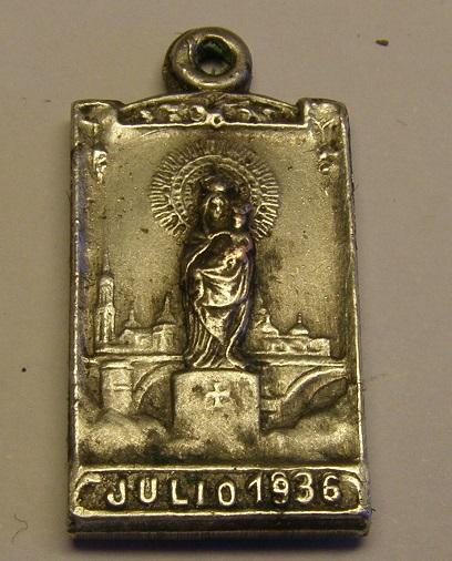 Algunas medallas de Nª Sª del Pilar, época Guerra Civil Española. Tc_25_23