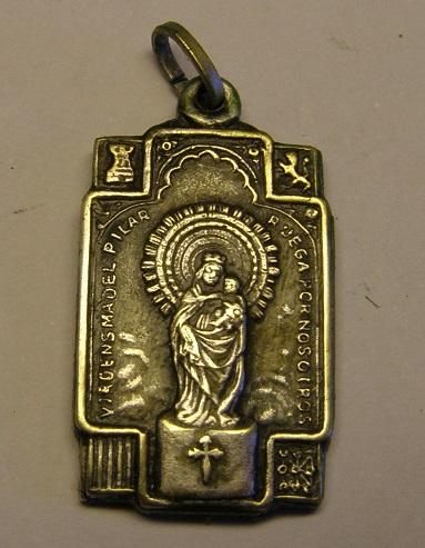 Algunas medallas de Nª Sª del Pilar, época Guerra Civil Española. Tc_25_25