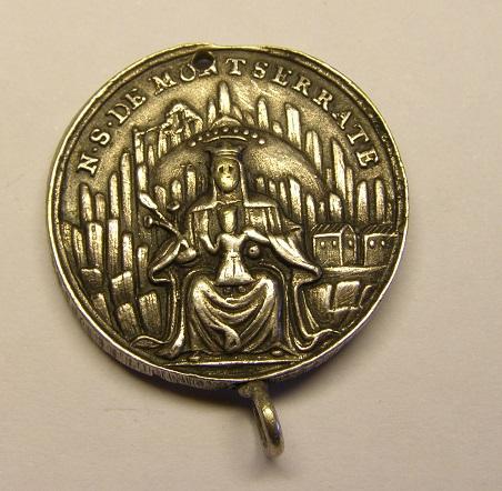Medalla de Nª Sª de Montserrat y San Benito, siglo XVIII Tc_27_29