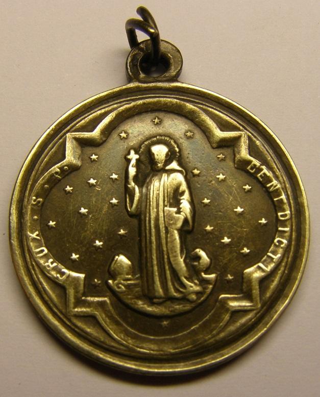 Medalla de N Sª de Montserrat, siglo XIX. Tc_27_35