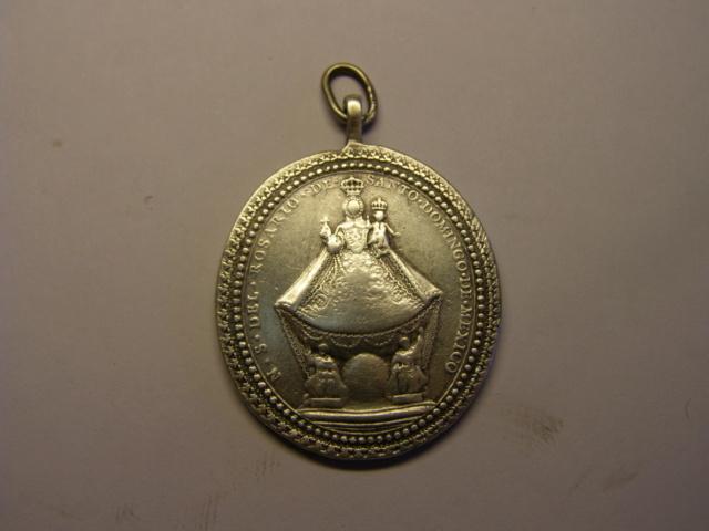 Medalla de Nª Sª del Rosario de Sº Domingo, México, ¿siglo XVIII? Tc_5_713