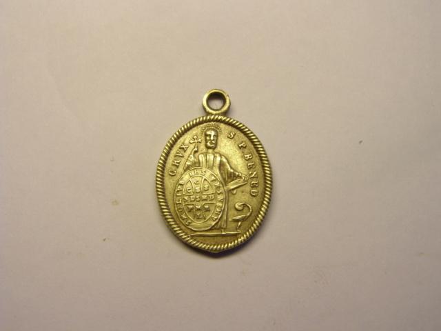 Medalla de Montserrat-e / san Benito de Nursia  (R.M. SXIX-O97) Tc_5_724