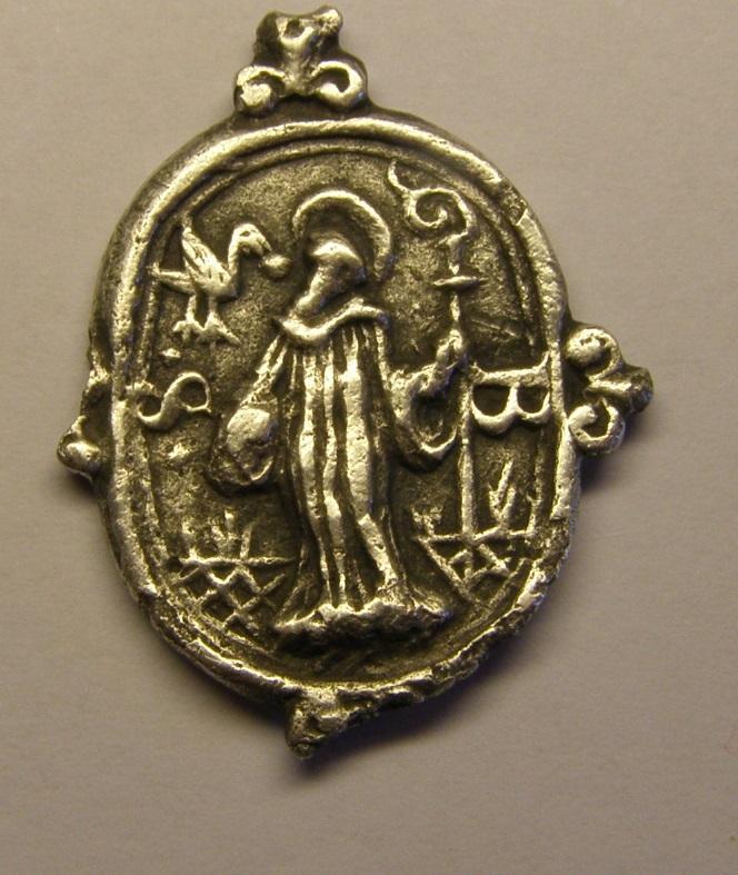 Medalla de Nª Sª de Montserrat y San Benito, siglo XVII. (PE) Tc_7_411