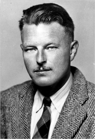 Malcolm Lowry   Metcal10