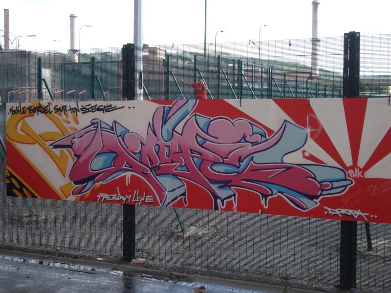 Graffiti et tags ultras - Page 7 Dsc00611