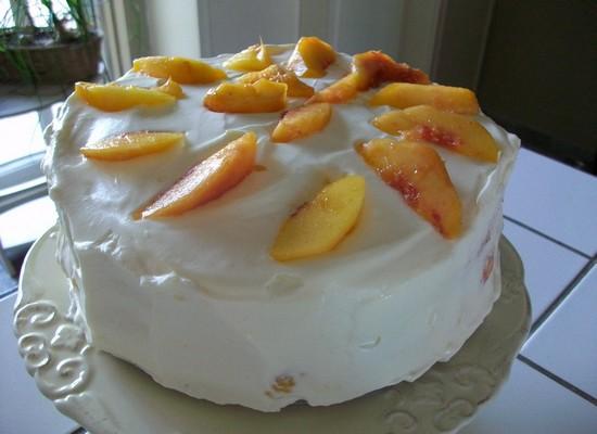 Gâteau crémeux aux pêches Gateau19