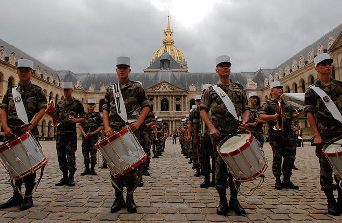 Festival International de musique militaire à Paris, le  19 - Page 2 25repe10