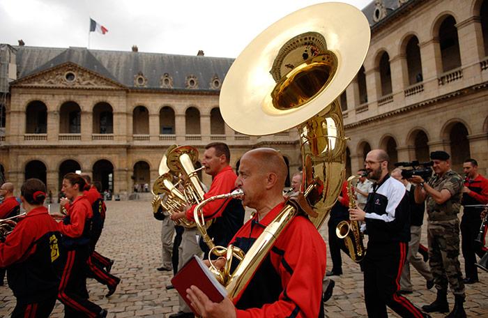 Festival International de musique militaire à Paris, le  19 - Page 2 35repe10
