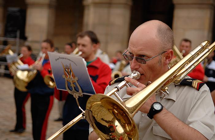 Festival International de musique militaire à Paris, le  19 - Page 2 36repe10
