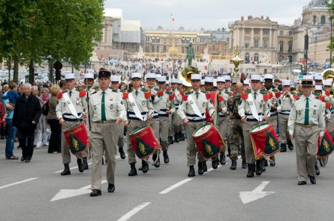 Festival International de musique militaire à Paris, le  19 - Page 2 37lebo11