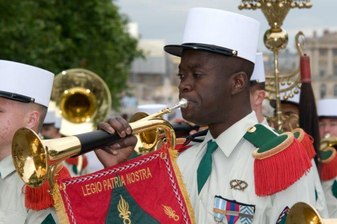 Festival International de musique militaire à Paris, le  19 - Page 2 39lebo10