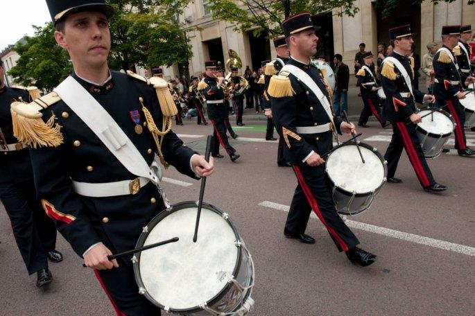Festival International de musique militaire à Paris, le  19 - Page 2 4-mang10