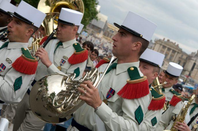 Festival International de musique militaire à Paris, le  19 - Page 2 43lebo10