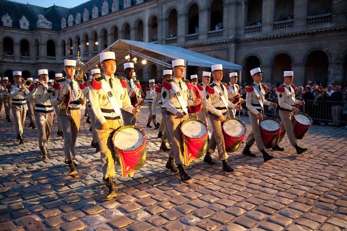 Festival International de musique militaire à Paris, le  19 - Page 2 51-09t10
