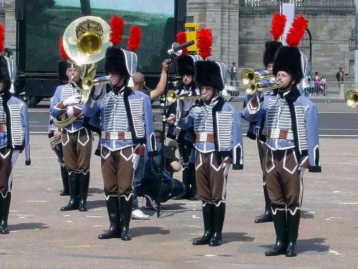 Fanfare du 2èmes régiment de Hussard Paris_11