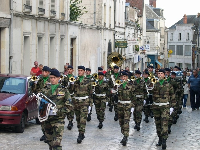 Fanfare du 2èmes régiment de Hussard St_aig10