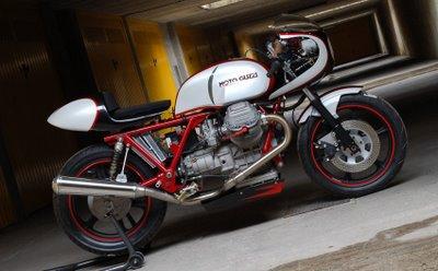 Moto Guzzi Dx610