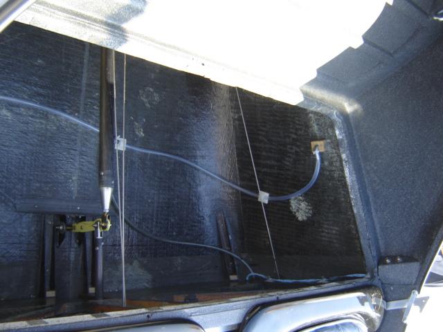 Bac de coffre et tableau de bord pour les VLA à cloison arrière verticale Dsc02413