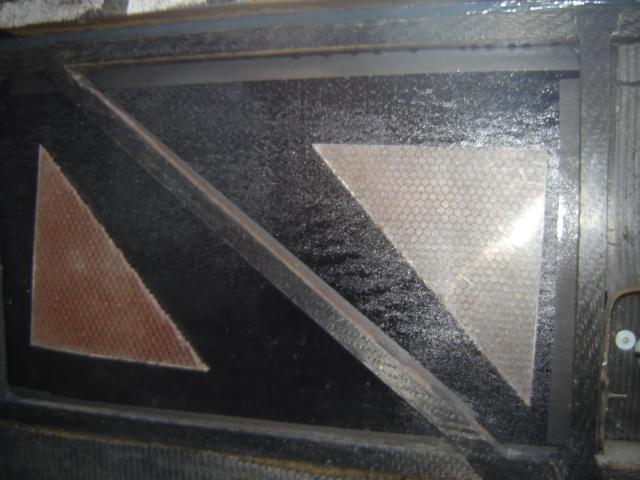 Bac de coffre et tableau de bord pour les VLA à cloison arrière verticale Dsc02415