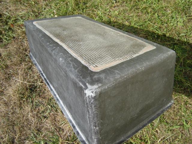 Bac de coffre et tableau de bord pour les VLA à cloison arrière verticale Dsc02417