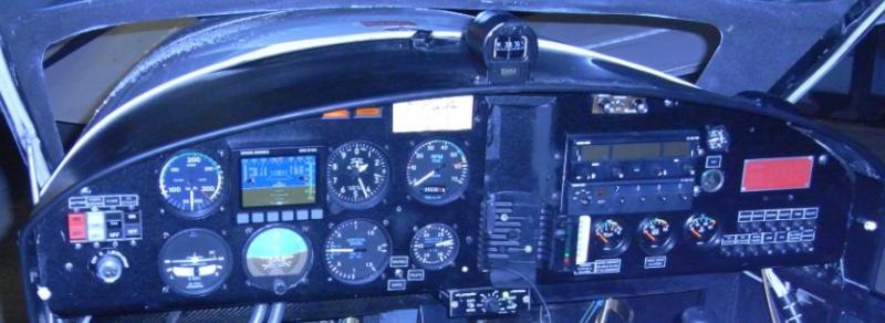 Horizon et compas MGL Avionics Instd110