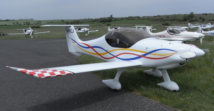 Réunion des avions Colomban Minicr10